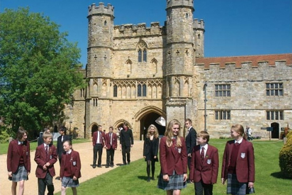 Средние школы в Англии